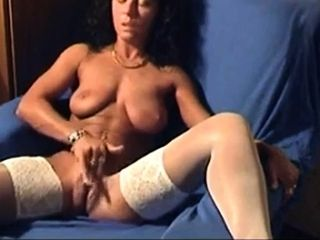 Mature nymph vids herself milking to ejaculation
