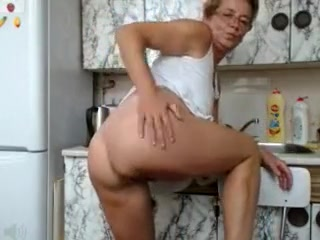 Short Haired Mommy With Glasses Alisha Exposes Herself On T