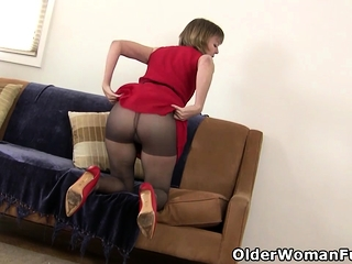 American milf Dee Williams admires make an issue ofir way pussy Chiefly all directions make an issue of reiteration