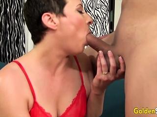 Golden Slut - Older Lady Blowjob Comp 1