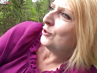 FUN MOVIES Amateur Mature Lesbians fucking in the