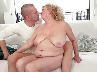 Young man fucks hairy fat granny