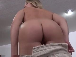 Nymphomaniac insatiable step-mom do deep munch and getting off