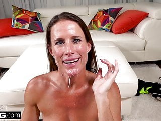 Sofie Marie cuckolds her hubby and gets a humungous facial cumshot