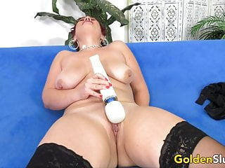 Electro-hitachi joy with Mature Scarlett O Ryan