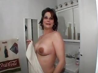 wife dance boob