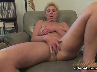 Taylor Lynn forth calumny video - AuntJudys