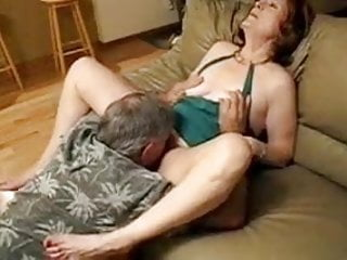 Hubby Watches his Friend Eat Out his Mature Wifes Pussy