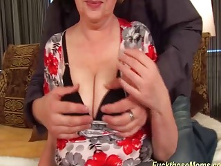 Ginormous funbag obese moms first-ever tit banging
