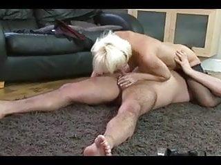 Wondrous  blondie