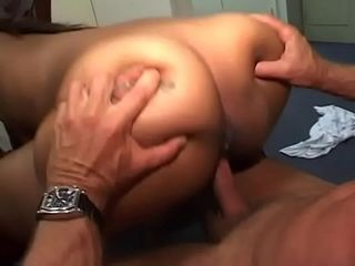 2 ebony supersluts gargle and rail on milky stud&#039_s manstick before sharing his jism