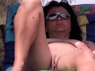 Covert Camera hidden cam Beach Amateurs naturist Close Up flick