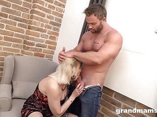 Mature milf hatch Creampied by Muscle Gigolo