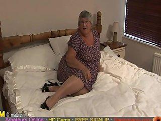 Old amateur granny masturbate on cam amateur sex live web cam live sex  Gap
