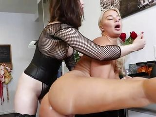 Ultra-kinky lezzies attempt voluptuous anal invasion enjoyments