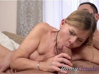 Blondie granny takes jizz