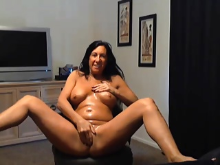 amateur mom playing