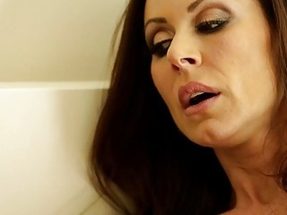 Kendra Lust and Riley Reid at Mommys Girl