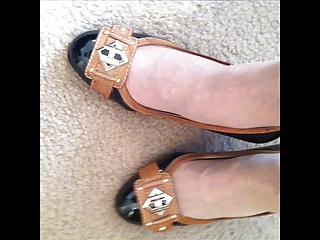 update two mature feet an shoes