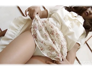 Japanese Mature Masturbates at Home - Satomi Suzuki
