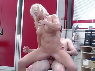 Granny luvs romp in the office