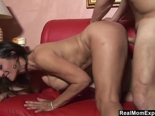 Seducing And pummeling super-pummeling-hot cougar Persia