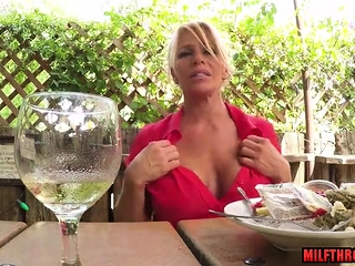 Super-fucking-hot cougar group sex with drink