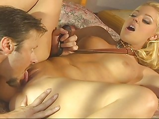 Gorgeous blonde MILF gives head before being screw