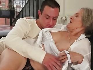 Young man fucking hot busty granny