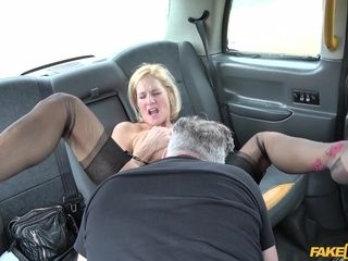 John & Molly cougar in old Lady's meaty puss Lips Opened - FakeTaxi