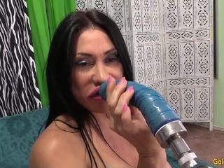 Humping Machine humps XXL melons Mature Sheila Marie till She blows a load
