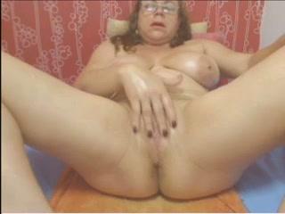 Web cam colombian grannie cougar taunting no sound - imlivefreecams (dot) com