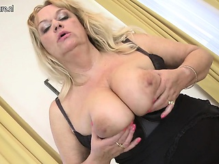 Spunky granny with huge saggy tits Cory from 1fuckdatecom