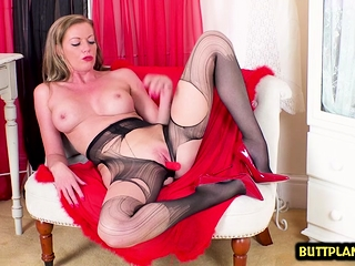 Sizzling pornographic star nylon with popssizzling