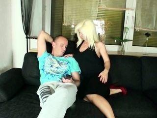 GERMAN cougar NADJA lure hubby OF sista TO penetrate HER
