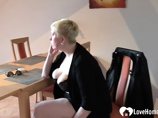Huge-titted platinum-blonde plays with her sugary-sweet coochie