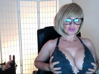 Super-cute Mature cam free-for-all enormous hooters pornography vid free-for-all ne