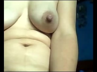 Amateur Busty Mature Mom Rubbing Her Hairy Pussy