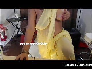 Indian big boobs aunty .